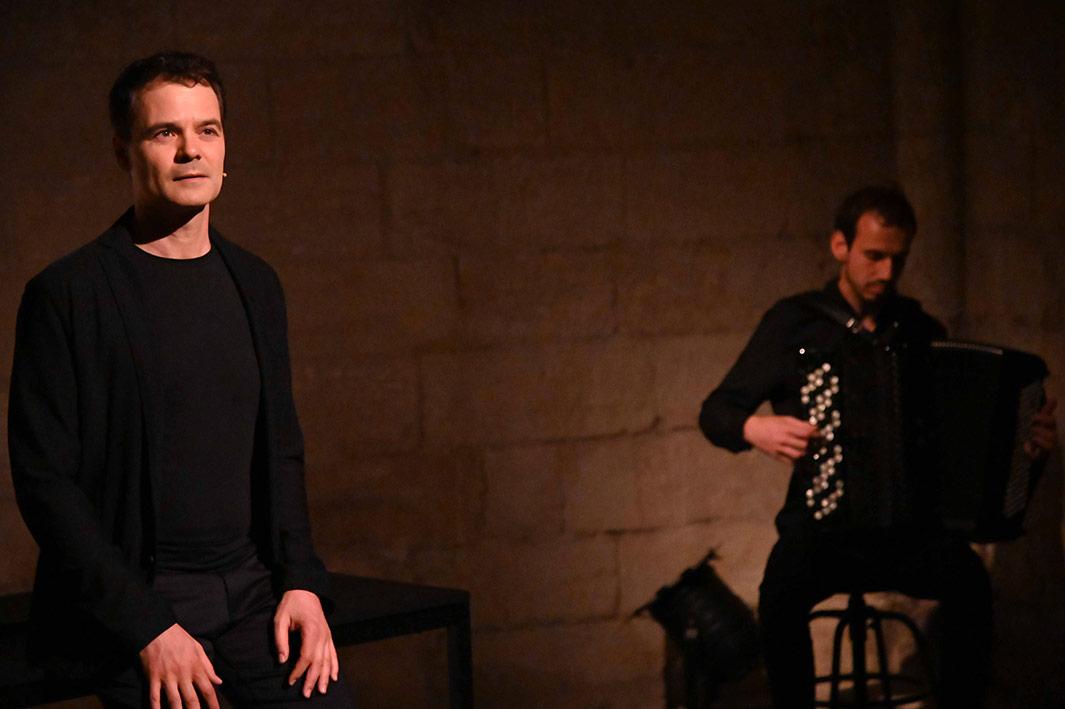 Pasolini-en-forme-de-rose---Antonio-Interlandi-et-Noe-Clerc@JulienGinoux1-web