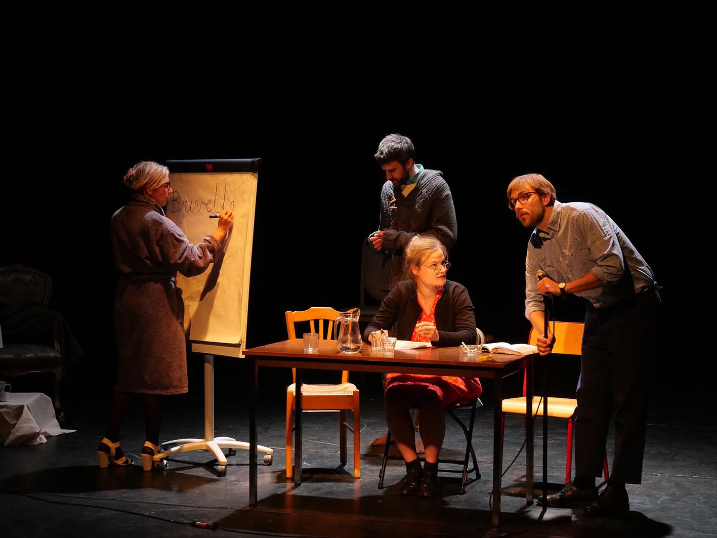 LA FOLIE - Crédit Photo Le Théâtre du Point du Jour - Lyon